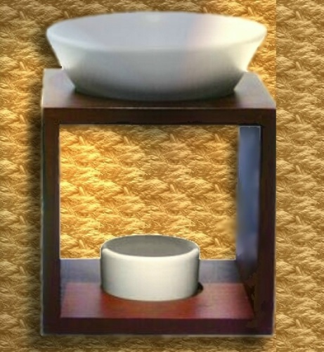keinplunder naturkosmetik farfalla duftlampe mahara holz. Black Bedroom Furniture Sets. Home Design Ideas